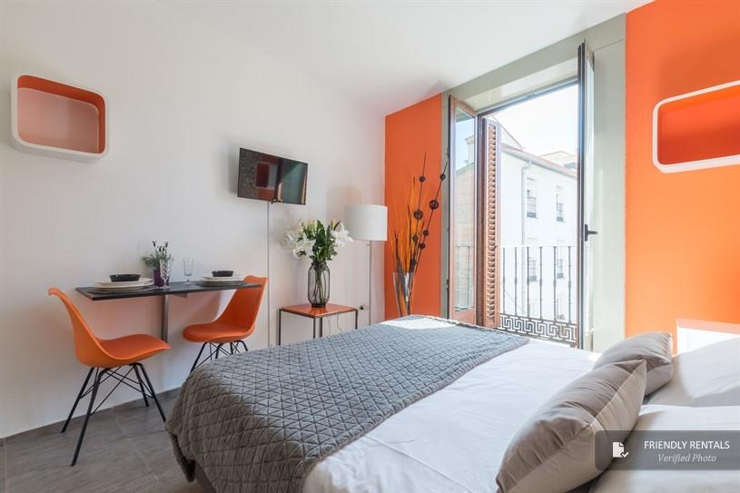 The Santa Ana boutique I Apartment in Madrid - Official ...