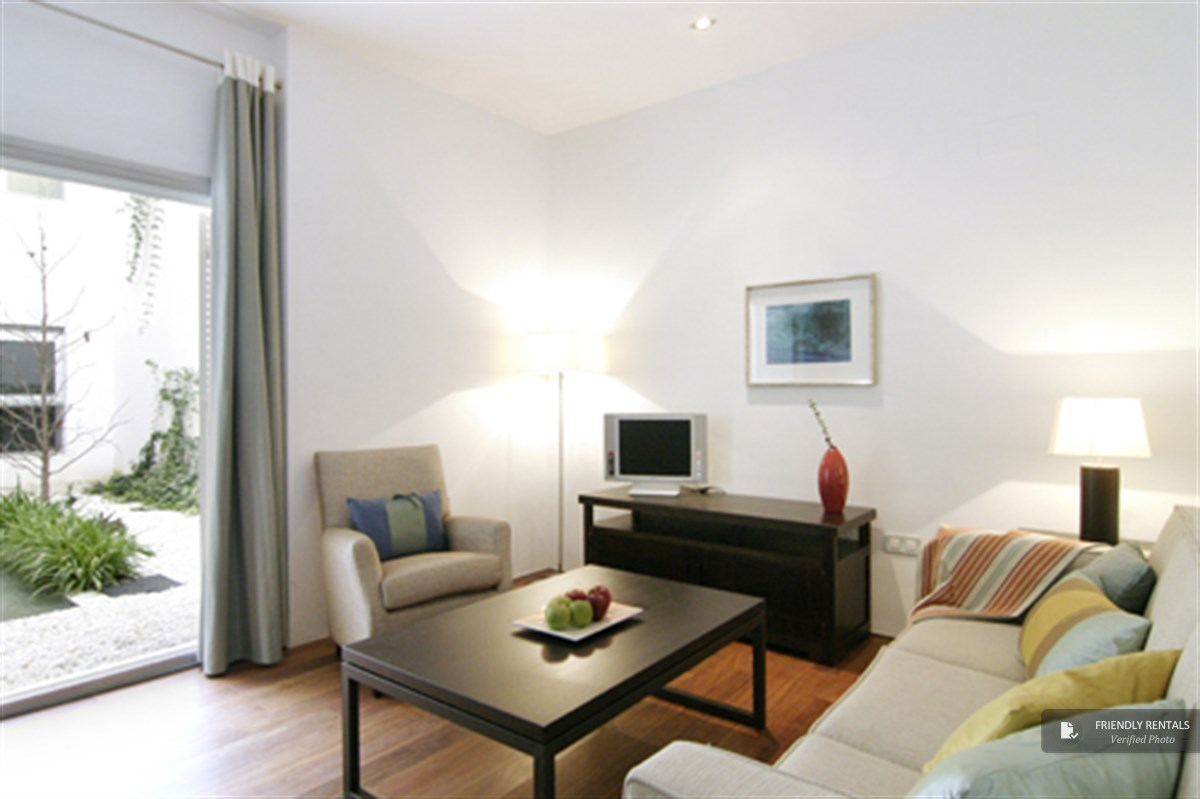 The San Bernardo I Apartment in Seville