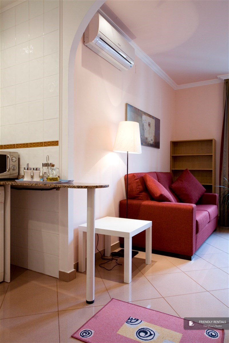 The Gothic 42 Apartment in Barcelona