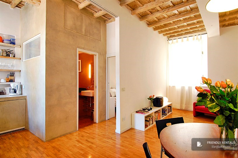 The Lilium Apartment in Rome