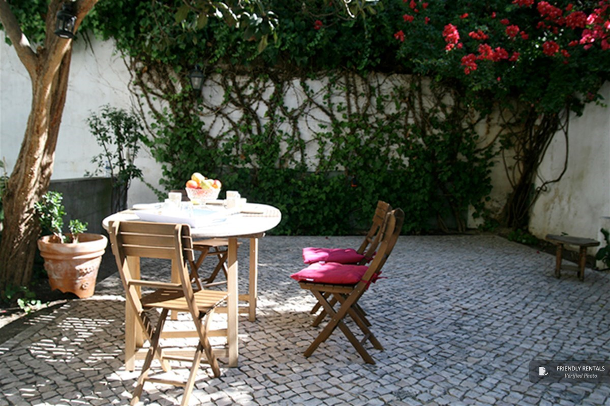 The Jardim Santana Apartment in Lisbon