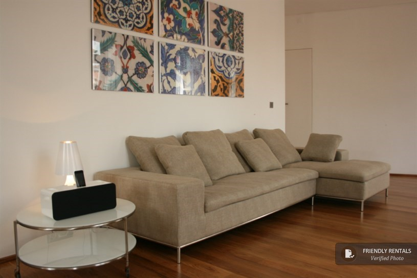 Flat, apartment to rent in Bairro Alto, Lisbon