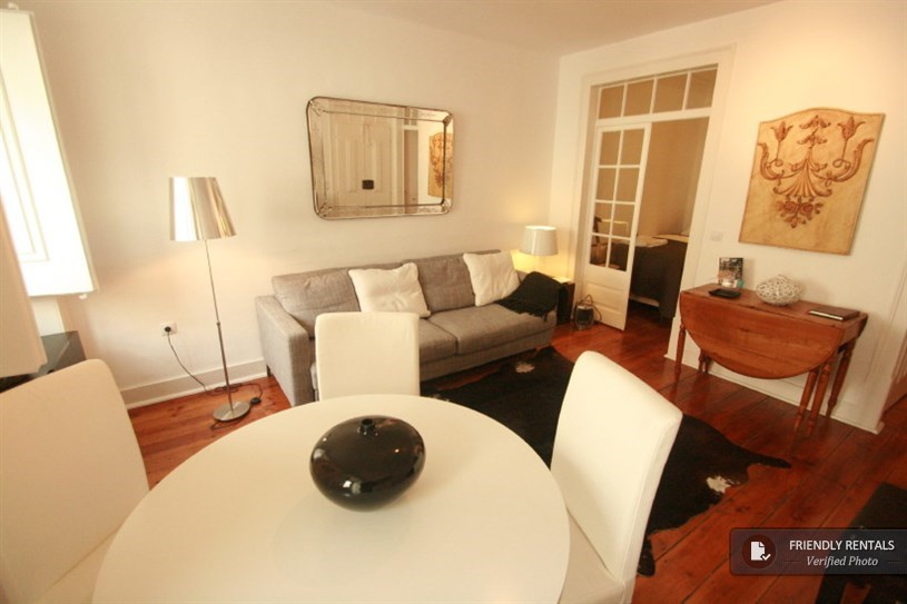 Apartment flat to rent in Santos, Lisbon