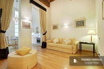 The Artemis VI Apartment in Florence