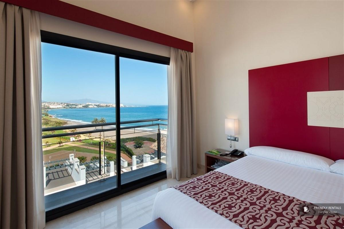 Het Seaside 2C Appartement in Estepona
