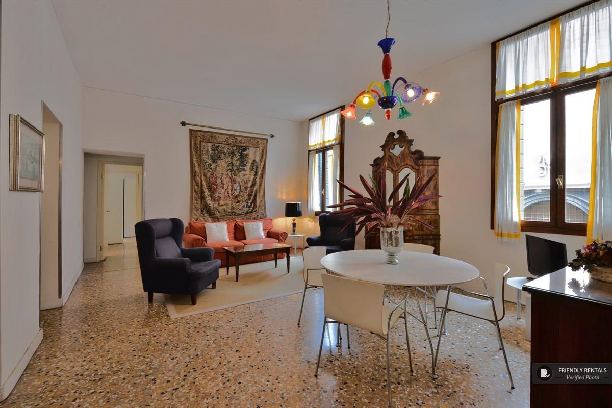 The Broccato II Apartment in Venice