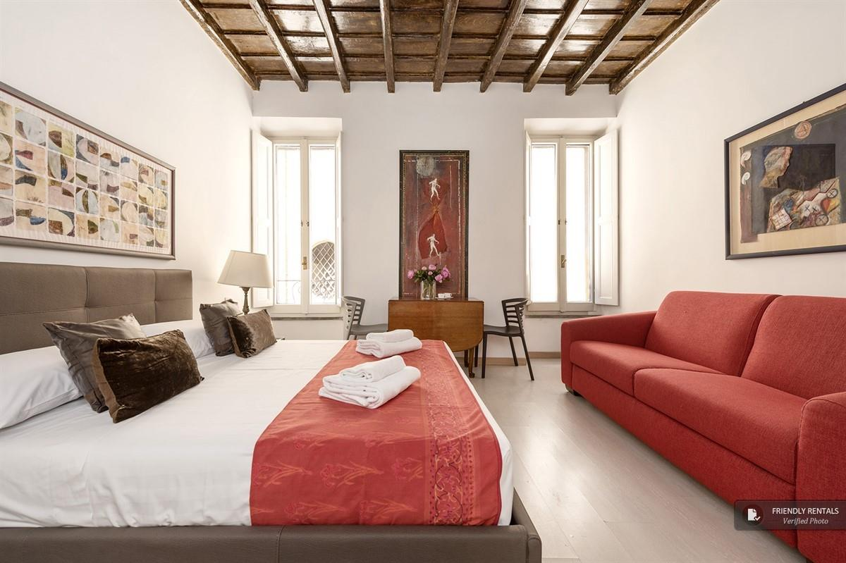The Alba Apartment in Rome