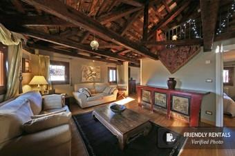 The Nirvana III Apartment in Venice