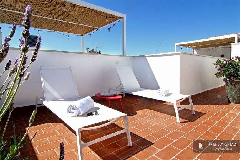 Apartment Vacation rentals in Seville with pool