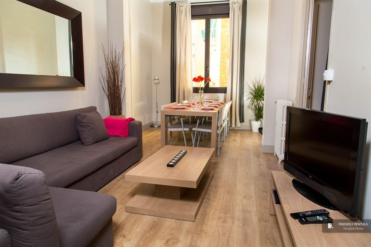The Dover P1 apartment in Barcelona
