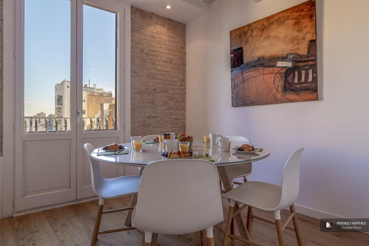 The Parlament 3 apartment in Barcelona