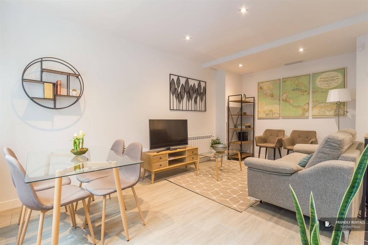 Het appartement Avenida de América C 9 in Madrid